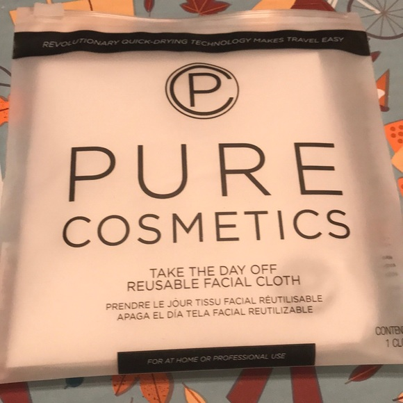 Pure Cosmetics Other - 3/$10 item!✨ reusable Makeup remover pad